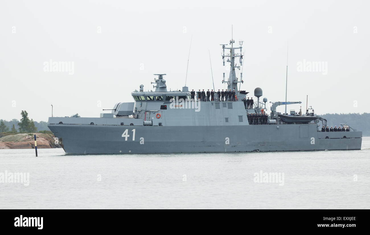 Coastal minehunter, FNS Purunpää parading to participate in the Anniversary Day of the Finnish Navy in - Stock Image