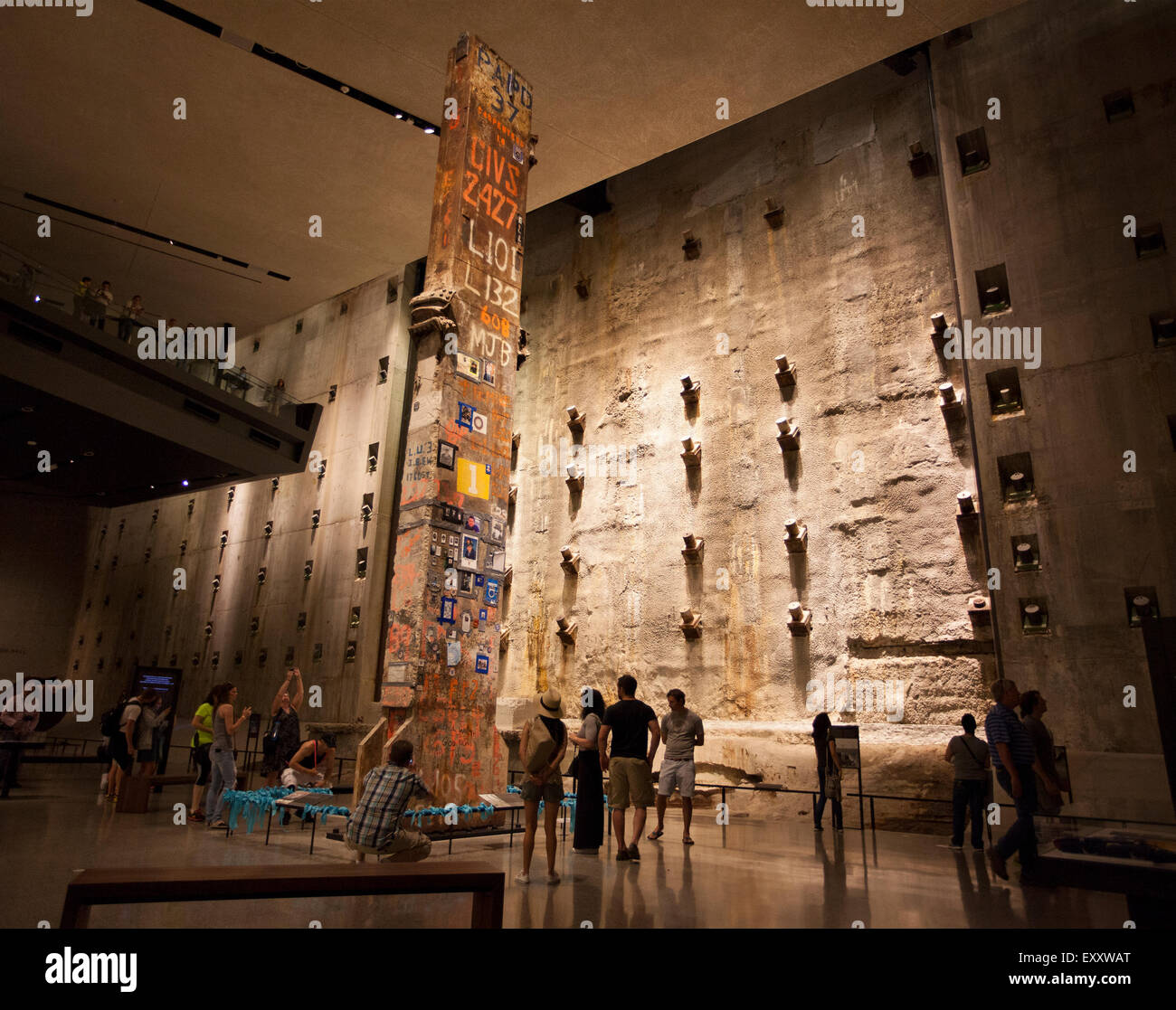 911 september 11 national museum memorial people coloumn steel foundation wall concrete bathtub support attraction - Stock Image