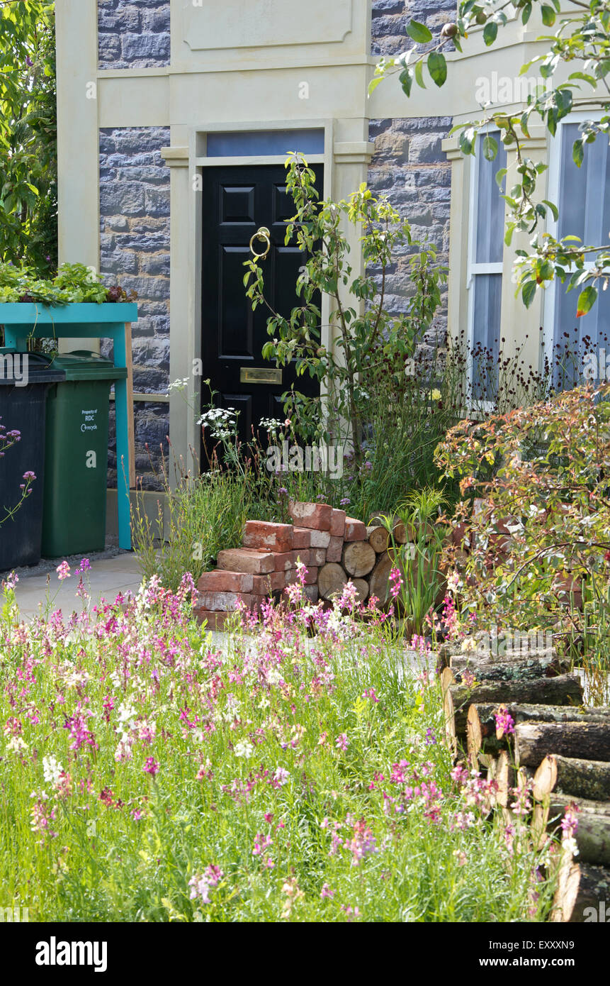 Community Street exhibition at RHS Hampton Court Palace Flower Show 2015 - Stock Image