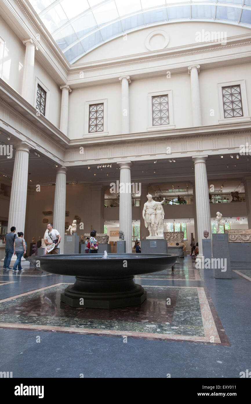 NEW YORK - May 26, 2015: The Met's collection of Greek and Roman art comprises more than seventeen thousand - Stock Image