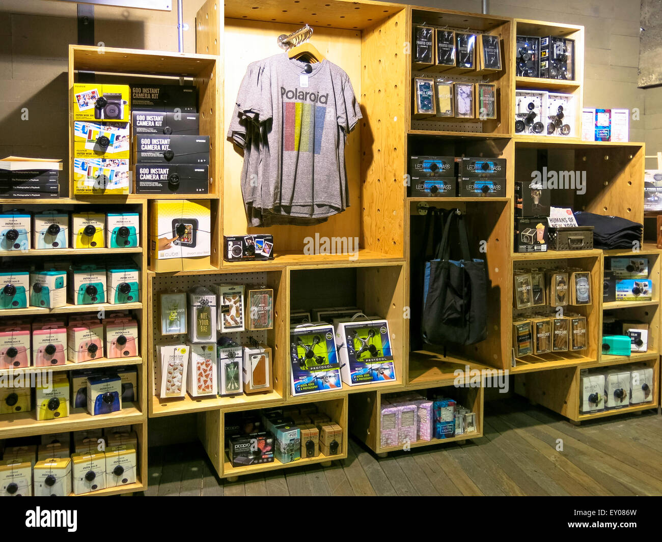 Polaroid Camera Urban Outfitters Uk : Urban outfitters inside stock photos urban outfitters inside