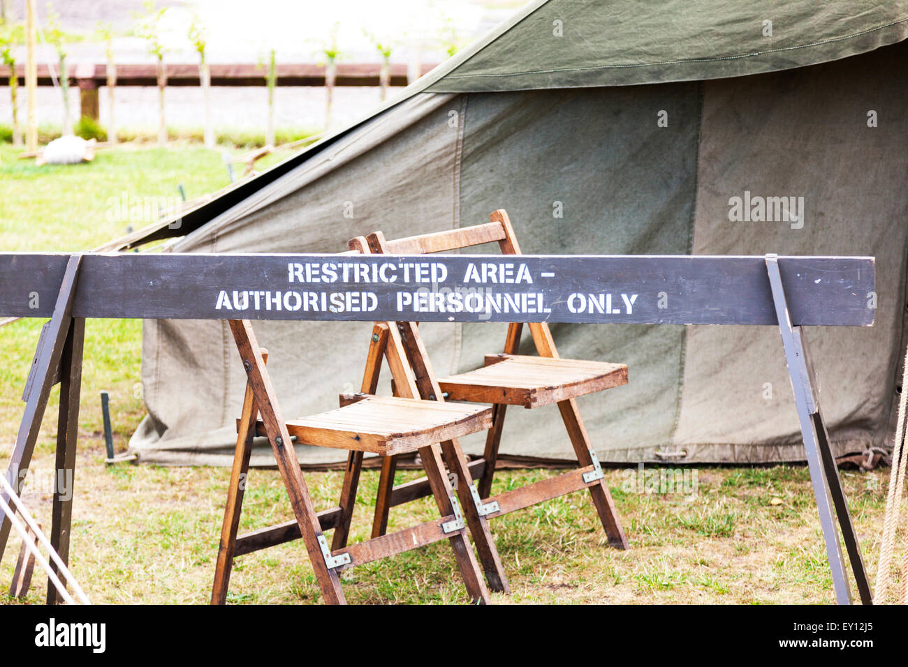 Army restricted area sign authorised personnel only camp blockade warning no entry - Stock Image