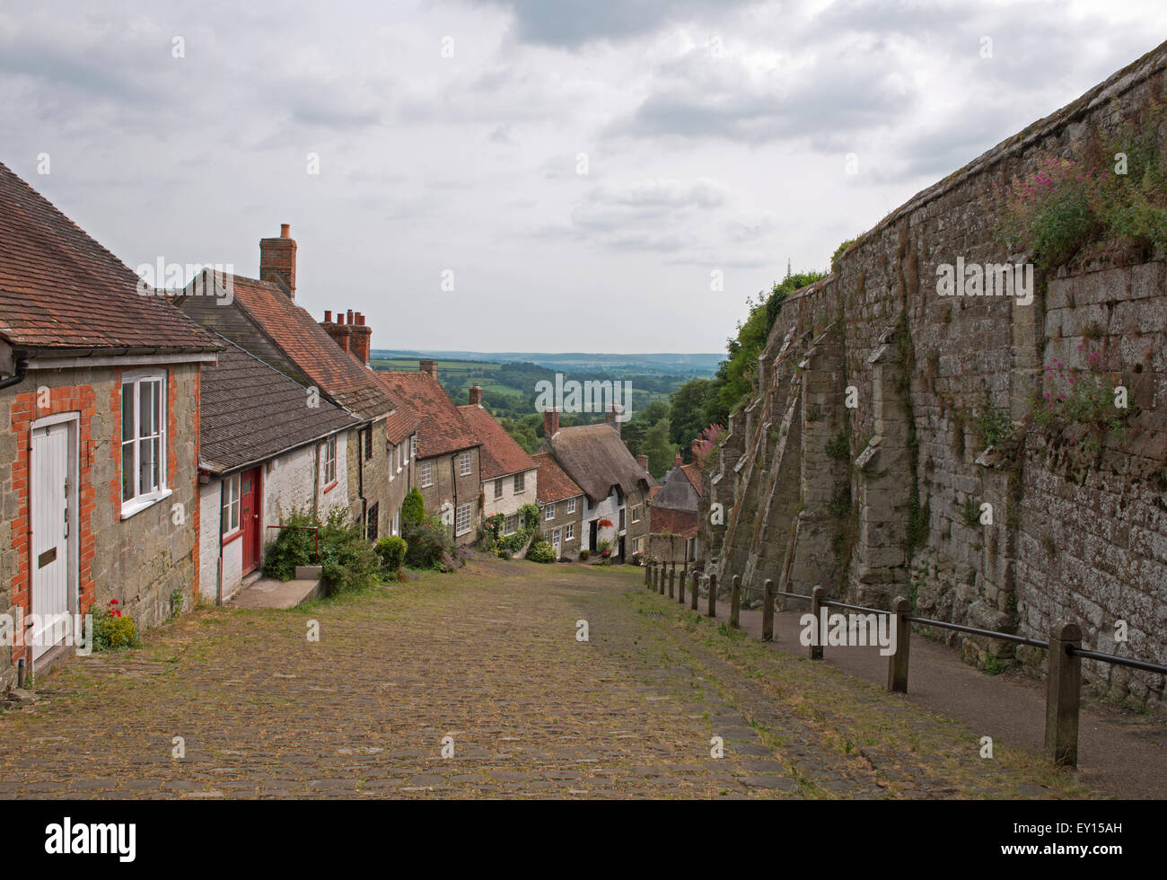 Gold Hill, Shaftesbury, (Hovis Advert)  Dorset, England, Uk. - Stock Image