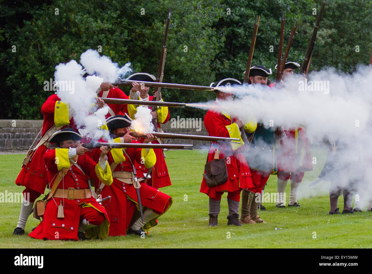 Hoghton Towers, Chorley, Lancashire, UK. 19th July, 2015.   English musketers at the Battle of Preston – the last Stock Photo