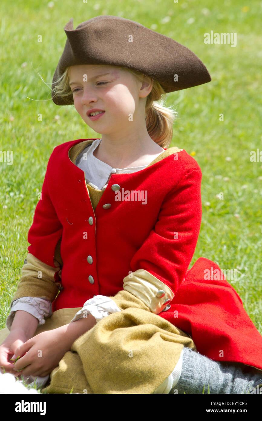 Hoghton Towers, Chorley, Lancashire, UK. 19th July, 2015.   Maddie Richardson aged 9 at the Battle of Preston – Stock Photo