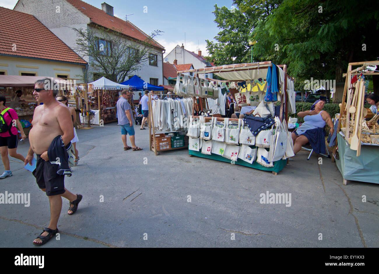 Outdoor handcraft market - Stock Image
