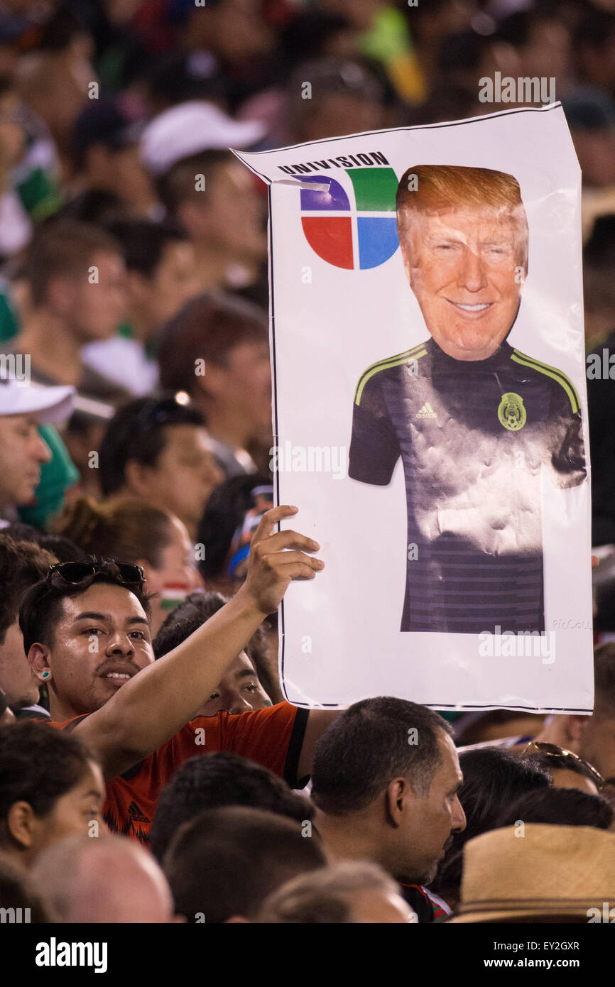 July 19, 2015: A fan holds up a sign with Republican Presidential candidate Donald Trump wearing a Mexico jersey - Stock Image