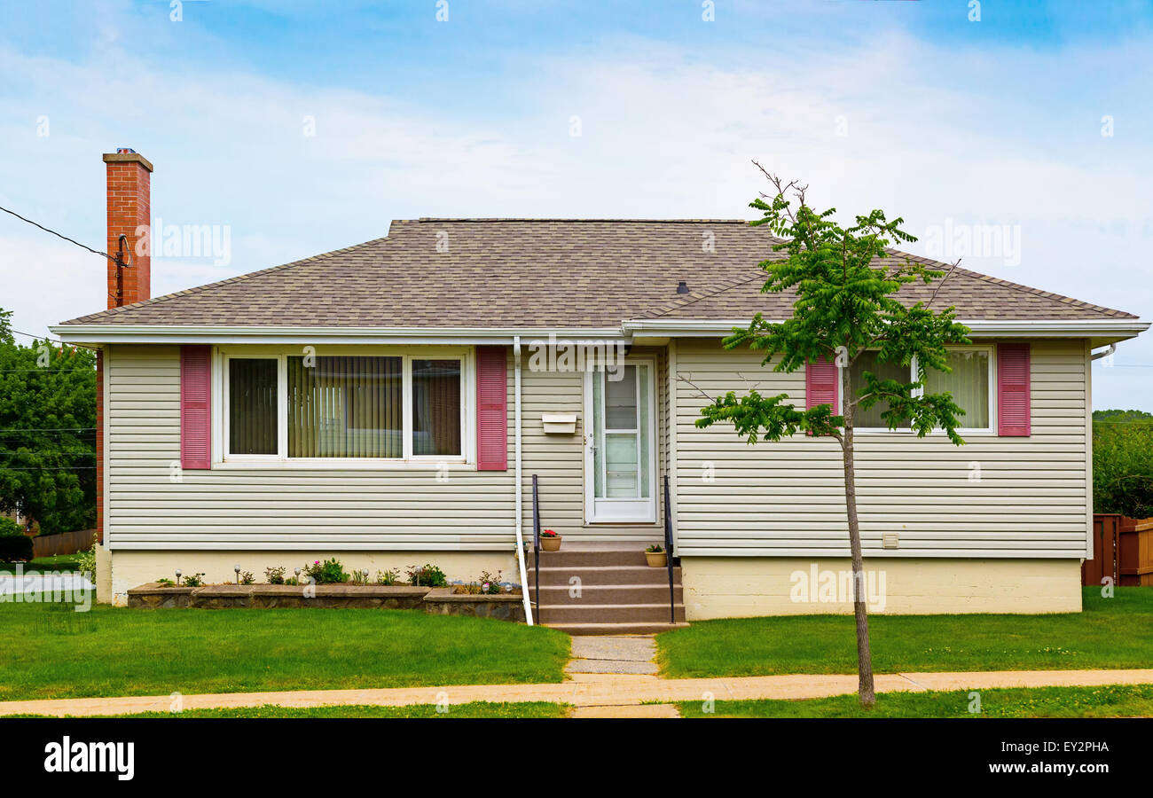 North American bungalow from the seventies. - Stock Image