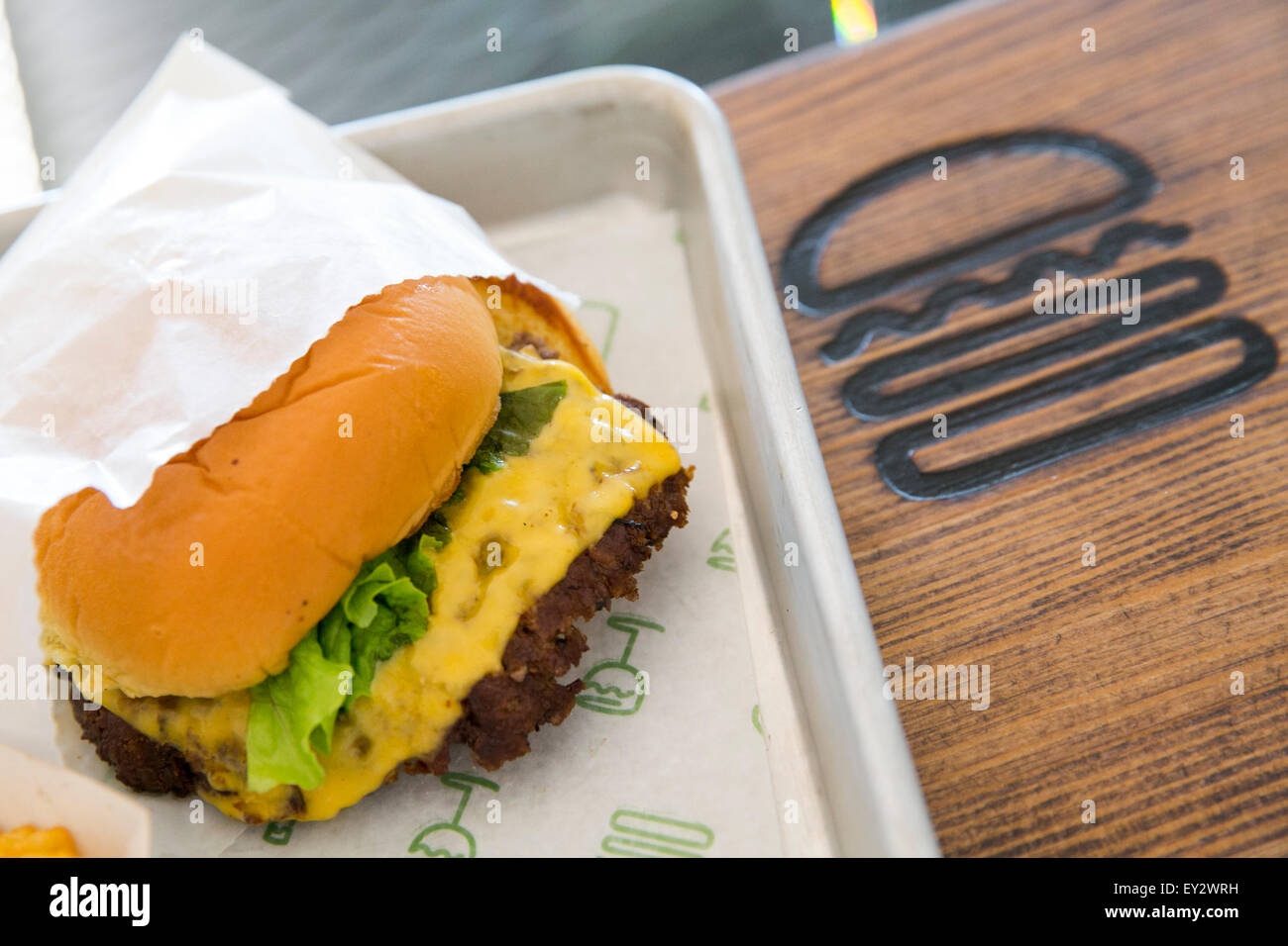 A Shake Shack fast casual restaurant in downtown Washington, D.C., on July 12, 2015. - Stock Image