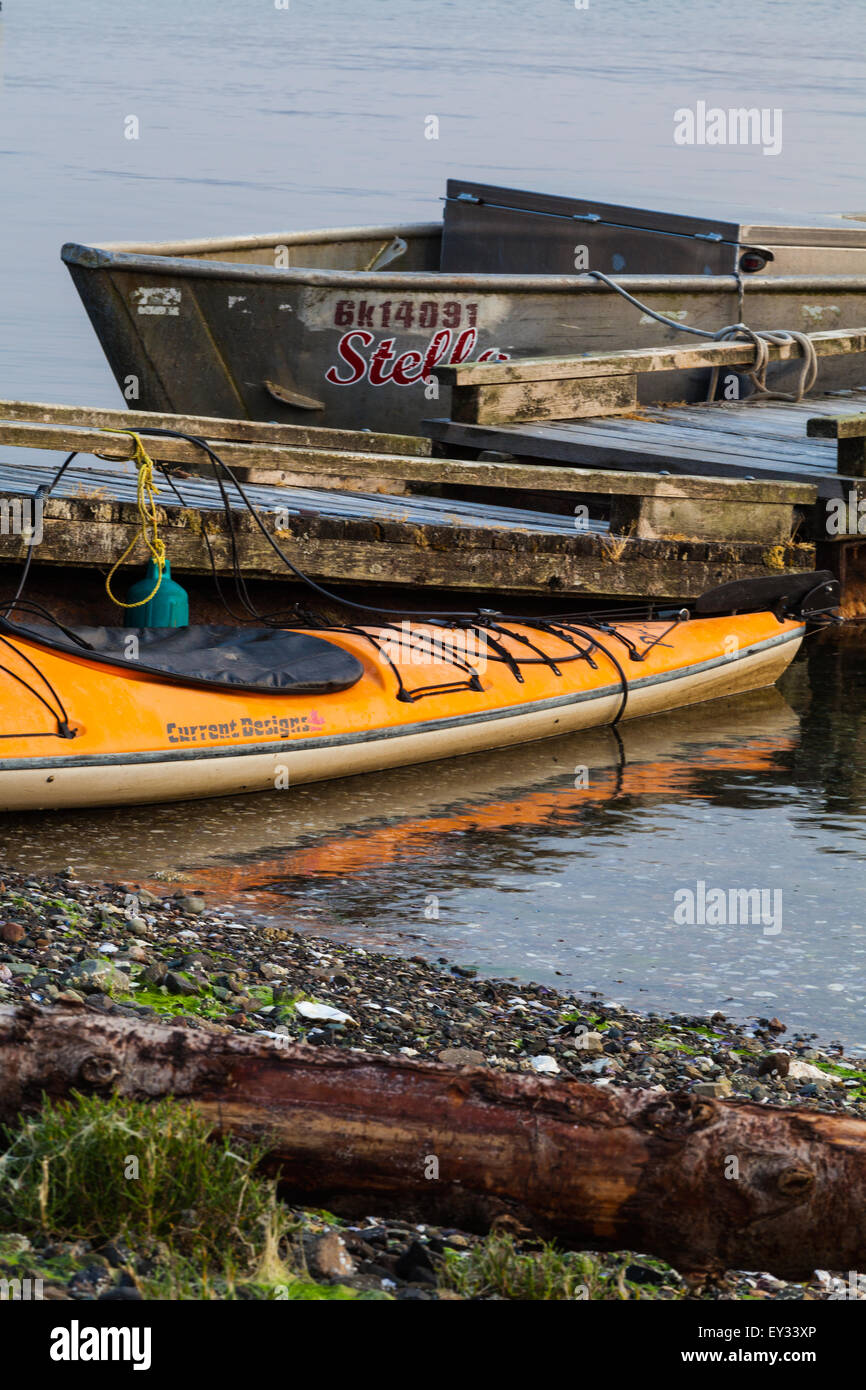 Aluminum Boat Stock Photos & Aluminum Boat Stock Images - Alamy