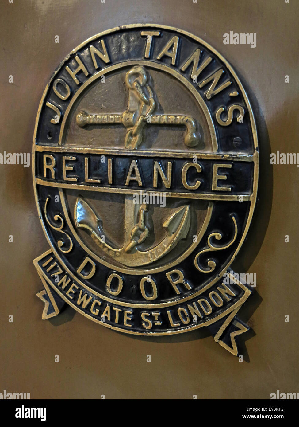 John Tanns safe, Reliance Door, 117 Newgate St, London, England, UK Stock Photo