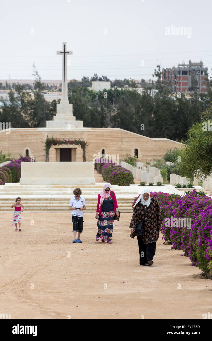 Egyptian visitors at Allies second world war memorial, EL Alamein, Egypt - Stock Image