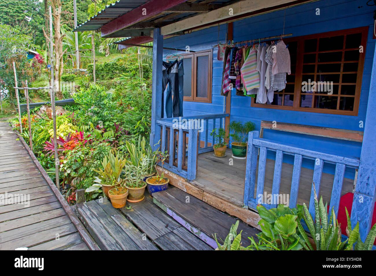 Fishing village at the edge of Salak River - Sarawak Borneo - Stock Image