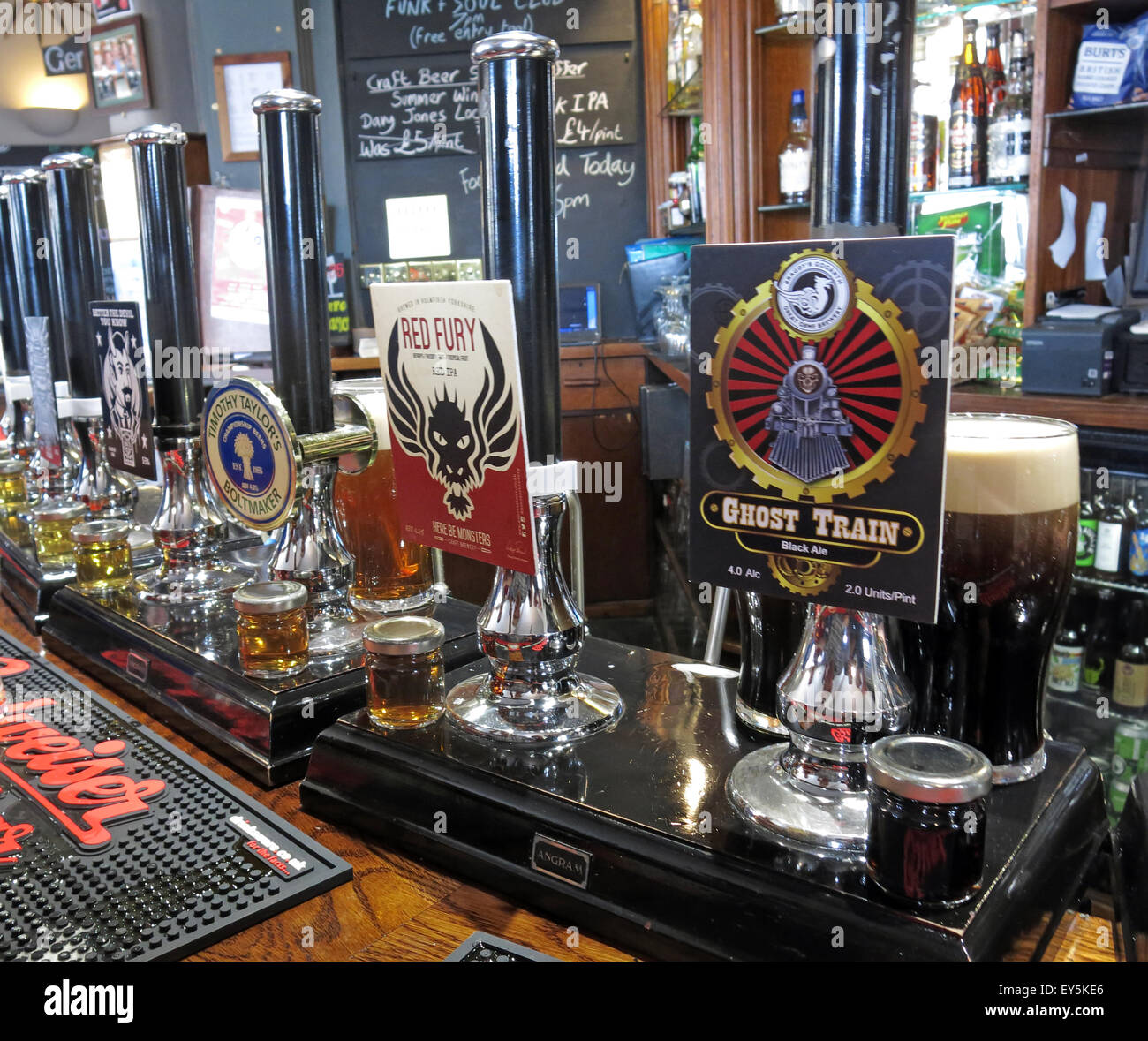 Several real ales on the bar, The Sportsman Inn, Huddersfield, West Yorkshire, England, UK - Stock Image