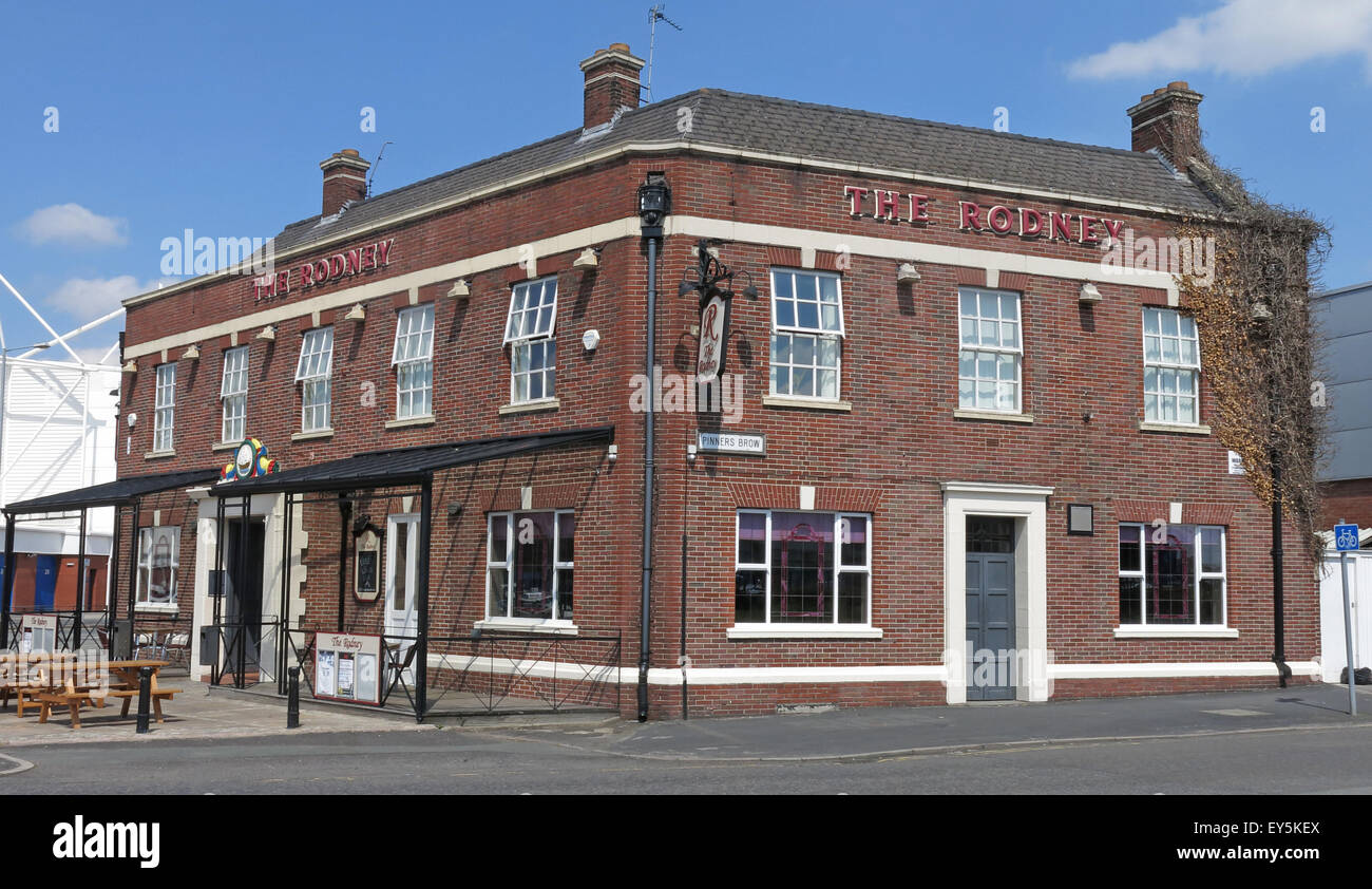 The Lord Rodney pub, Winwick Rd, Warrington, Cheshire, England, UK  WA2 7DH Stock Photo