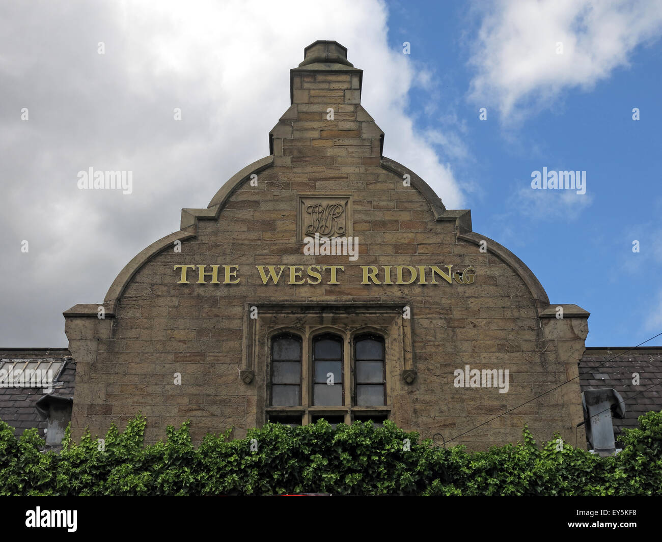 West Riding Pub, Dewsbury Railway Station, West Yorkshire, England, UK Stock Photo