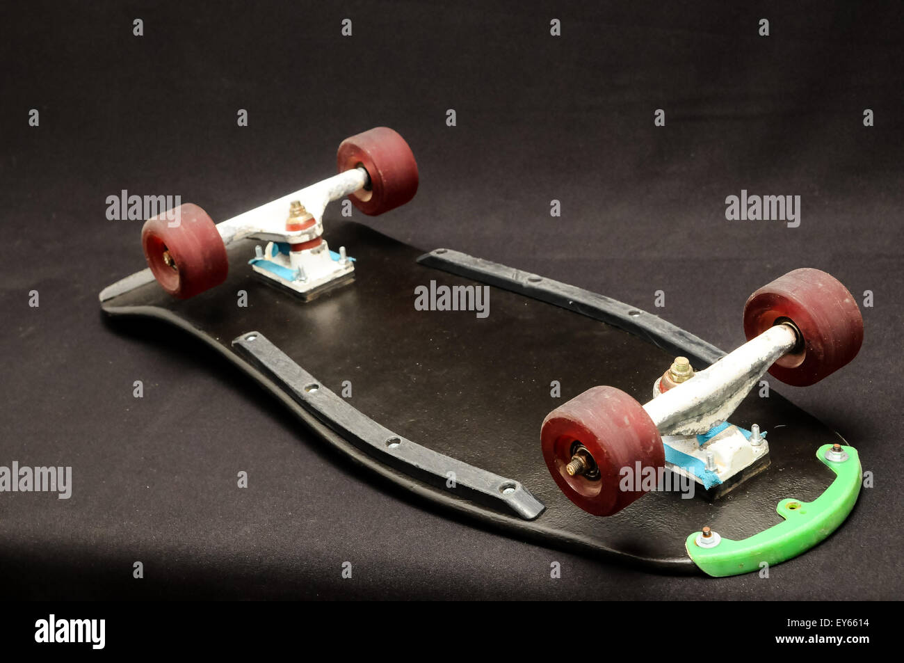 c32b9a725e Old Used Wooden Skateboard Stock Photo: 85573632 - Alamy