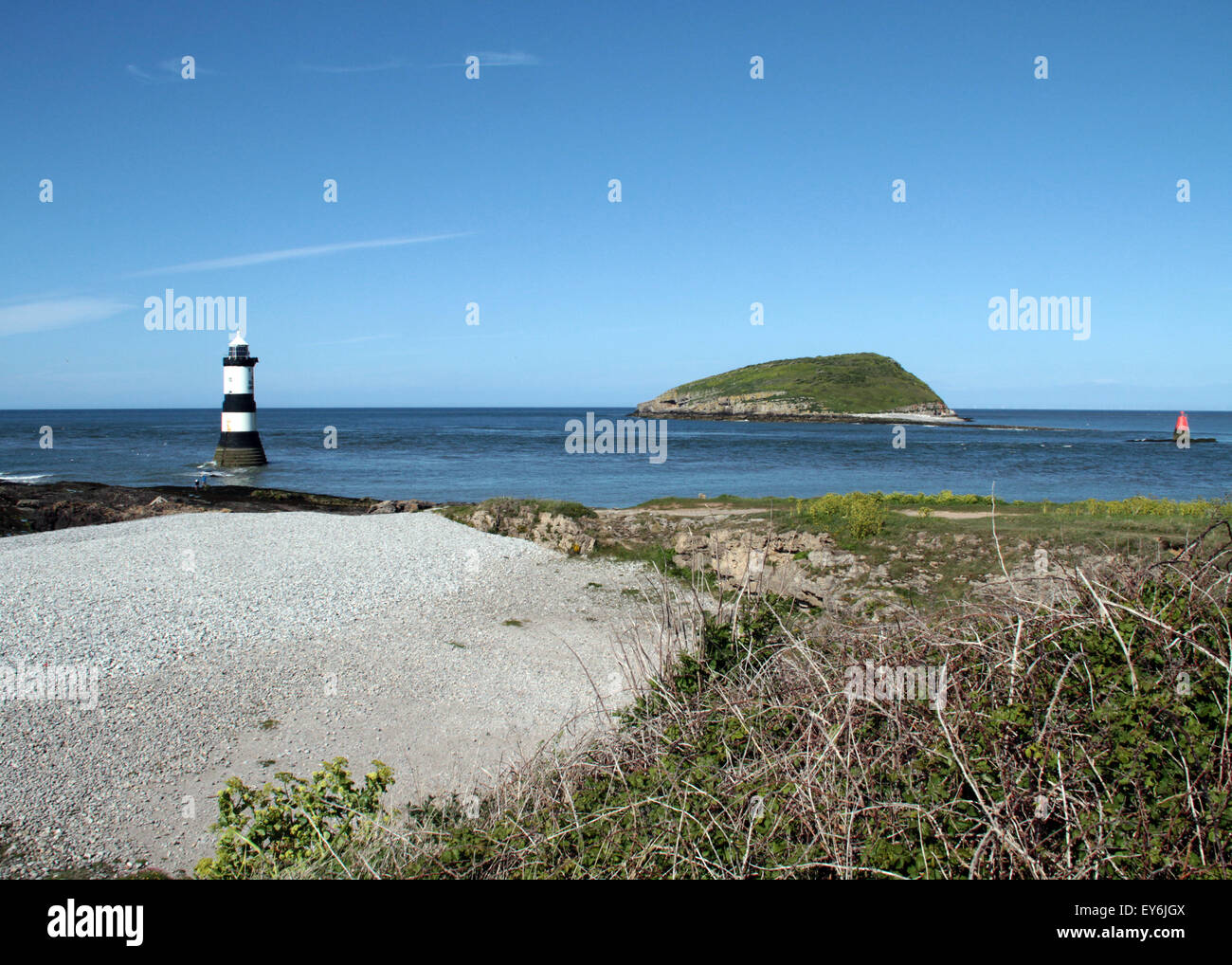 Trwyn Du Lighthouse is a lighthouse between Dinmor Point near Penmon and Ynys Seriol, or Puffin Island, south east Stock Photo
