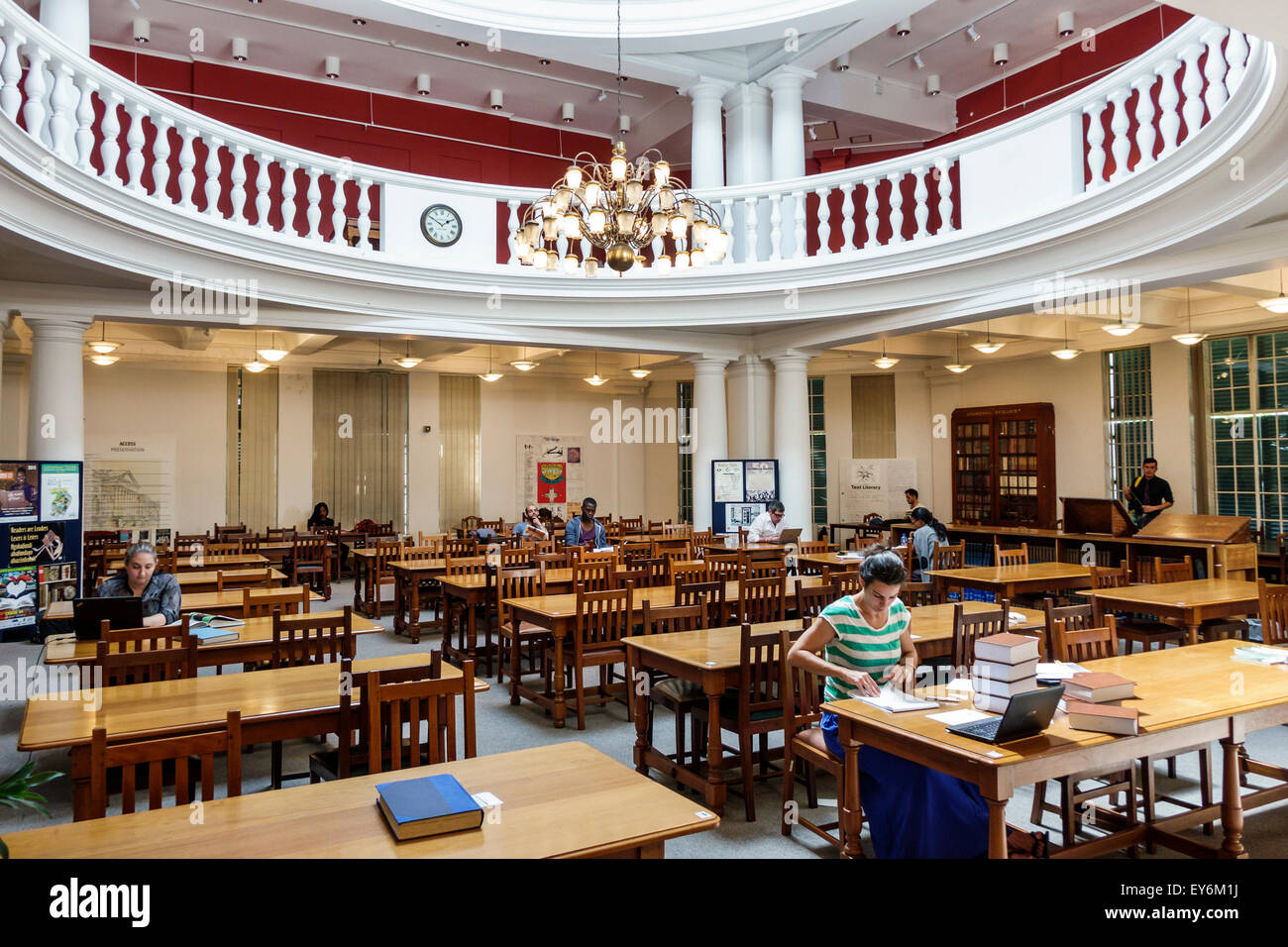 Cape Town South Africa African City Centre center Government Avenue The Company's Garden National Library Of - Stock Image