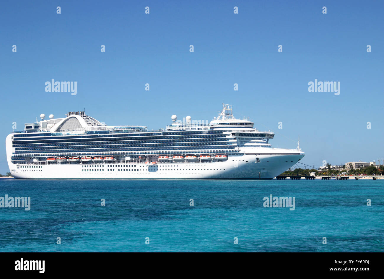Tropical Cruise Vacation - Stock Image