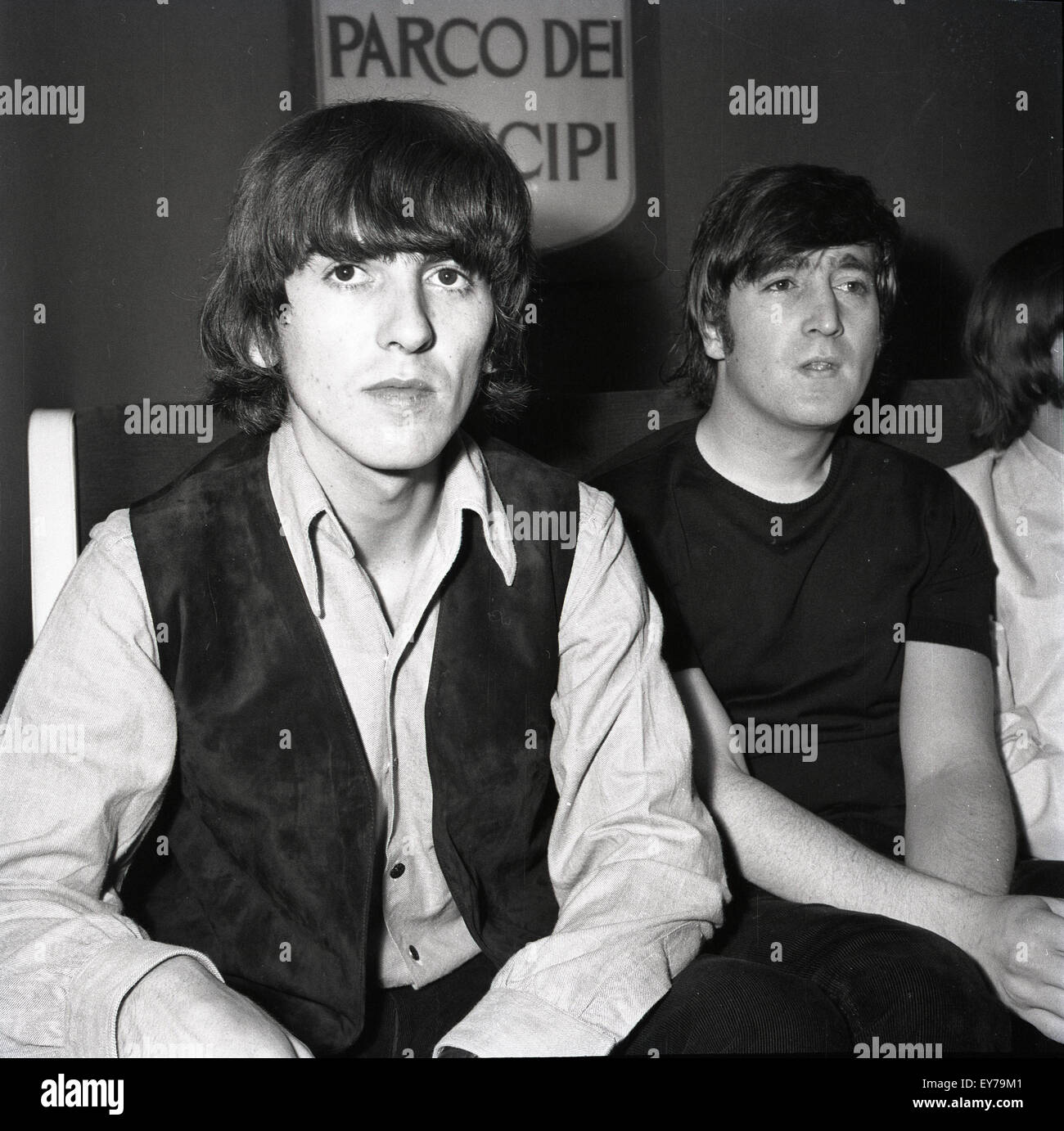 006188 - The Beatles at a Press Conference in Rome, Italy 27th June 1965 - Stock Image