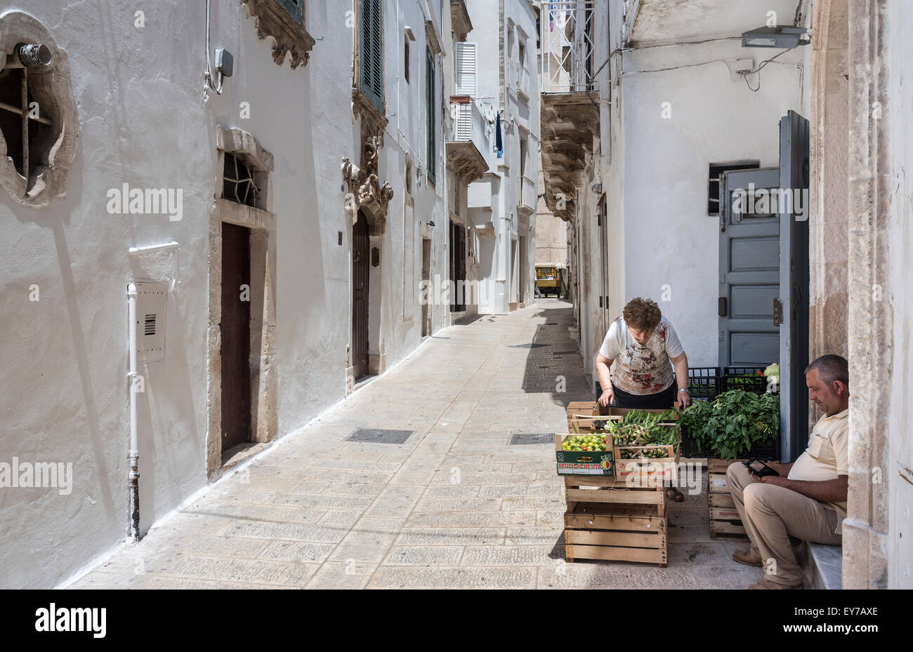 Vegetable stall in the Baroque side streets of  Martina Franca, in the Itria Valley,  Puglia, Italy. - Stock Image