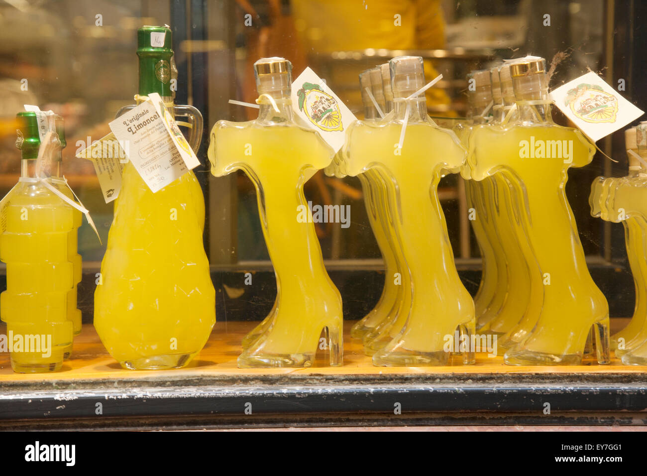 Shop With Limoncello Bottles Stock Photos Amp Shop With Limoncello Bottles Stock Images Alamy