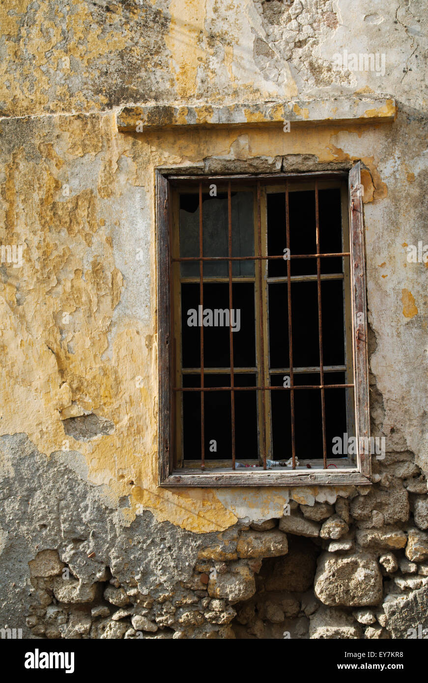 Broken Window, Rhodes, Greece - Stock Image