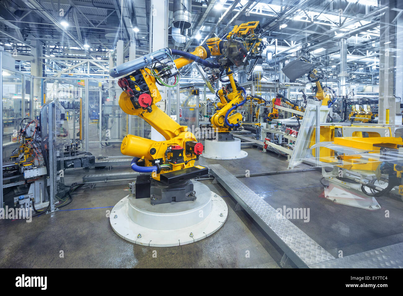 robots in a car plant - Stock Image