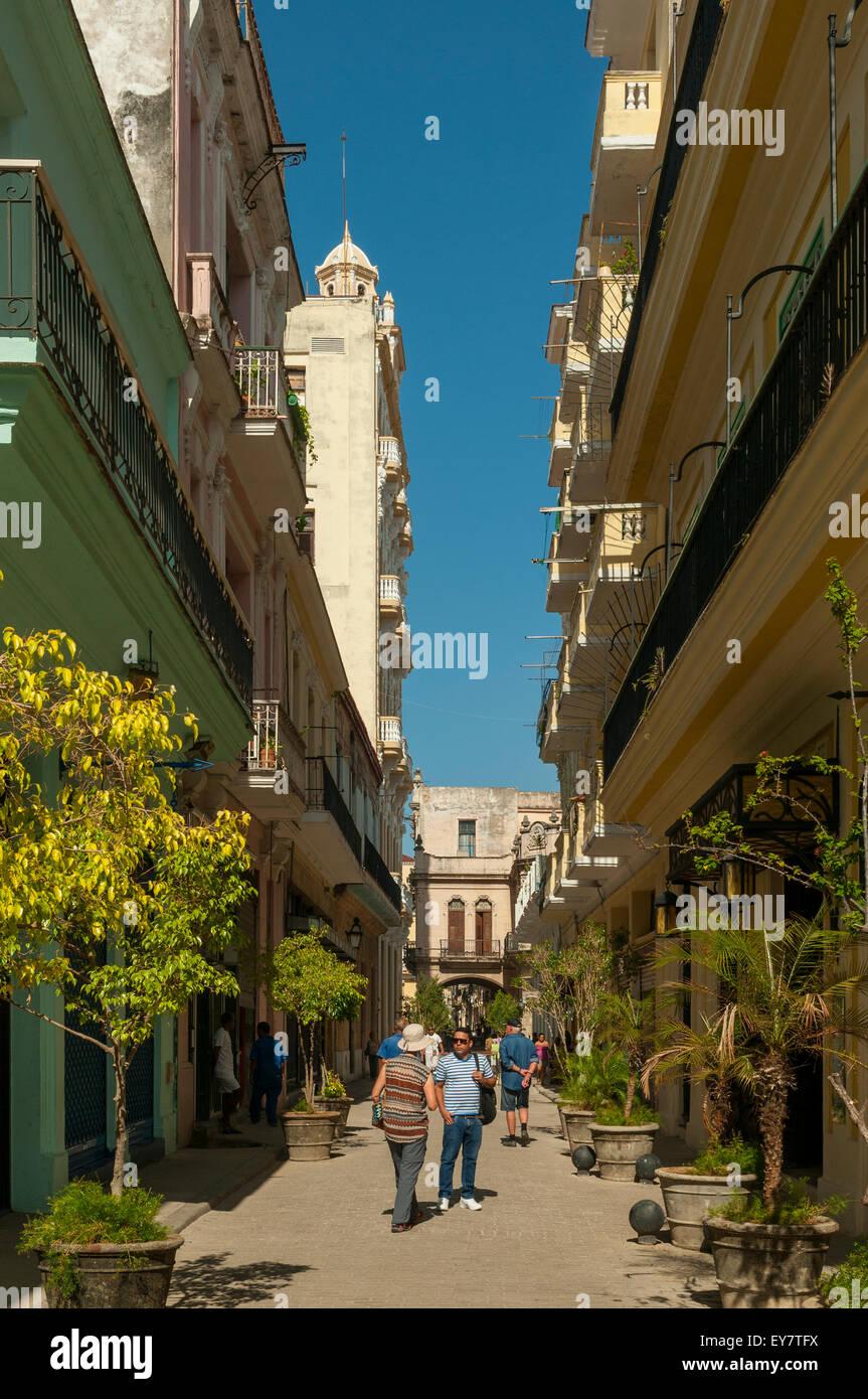 Calla Teniente Rey, Havana, Cuba - Stock Image
