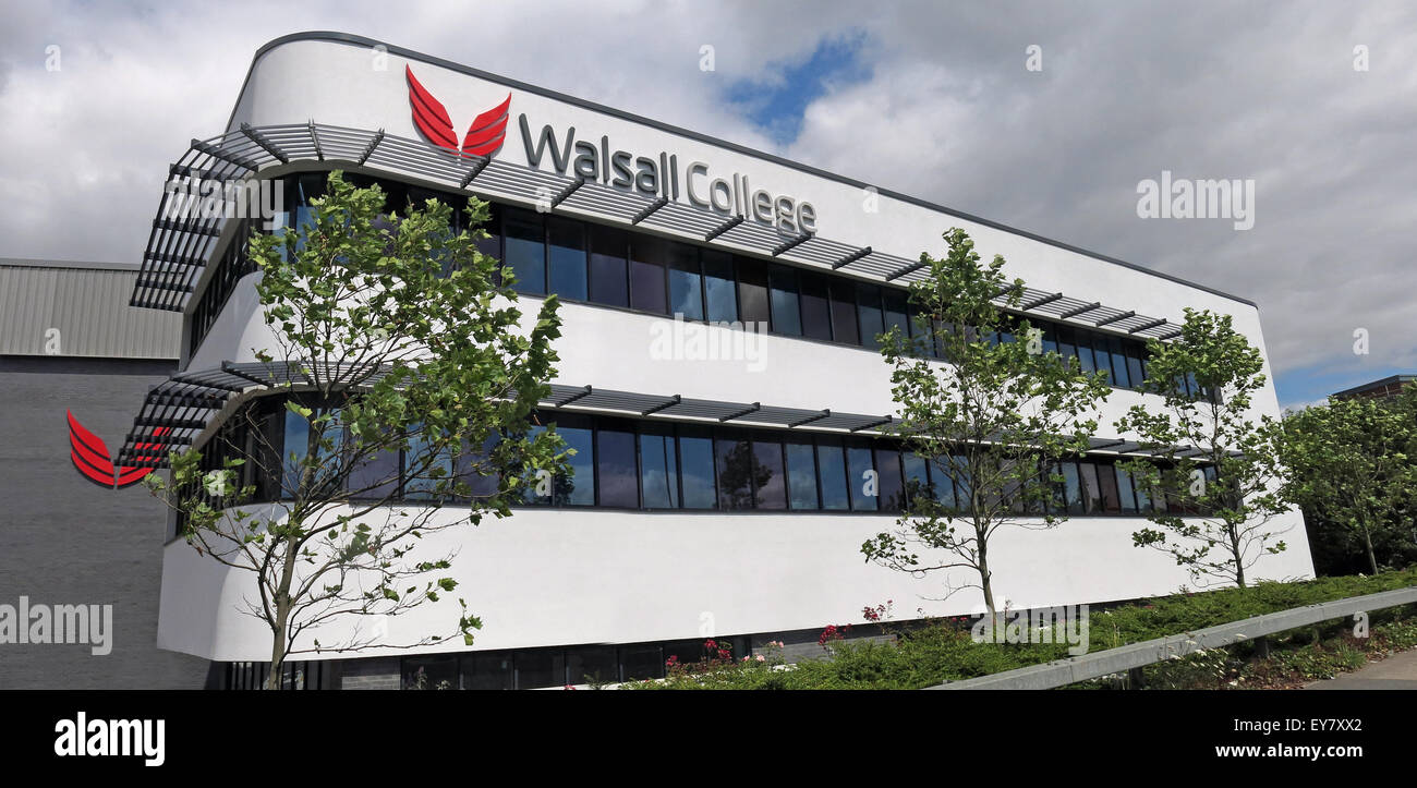 Walsall New College Building, West Midlands, England, UK - Wide Shot - Stock Image