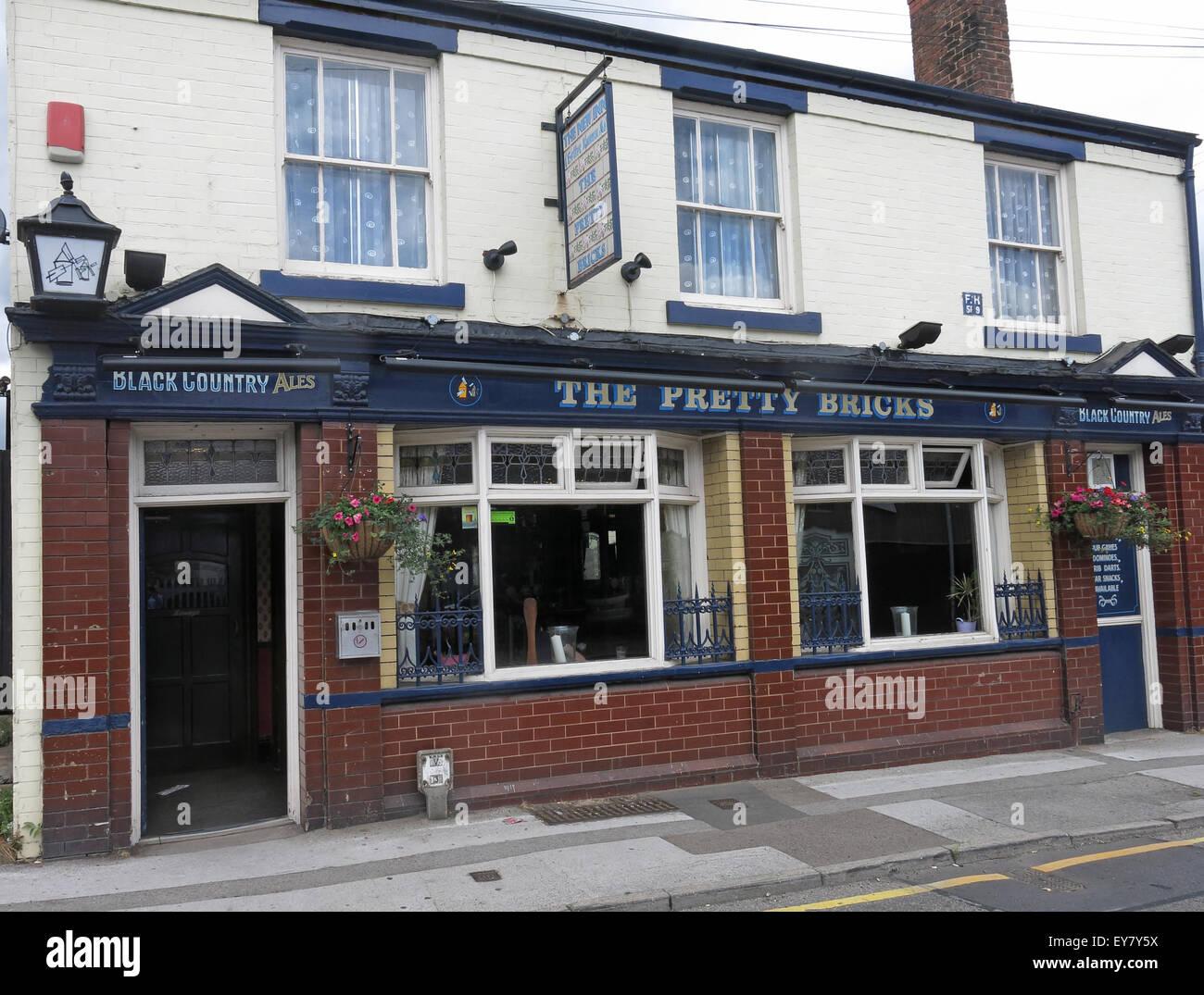 The Pretty Bricks Pub, Walsall, Black Country, West Midlands, England, UK Stock Photo