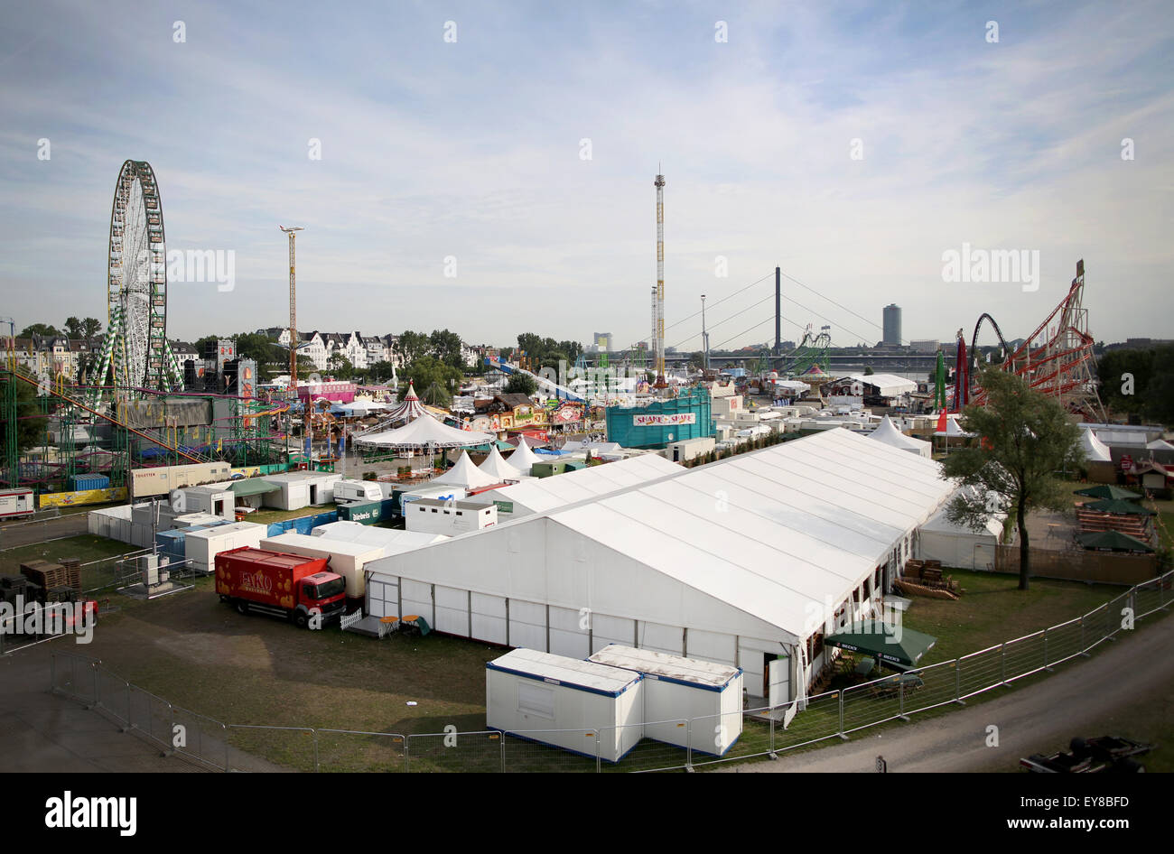 Duesseldorf, Germany. 24th July, 2015. A general view over festival tents at the fairground in Duesseldorf, Germany, Stock Photo