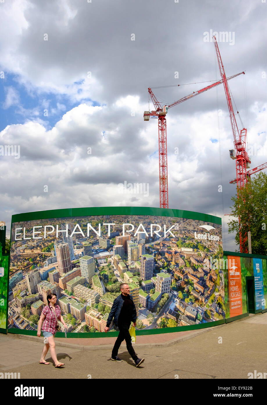 Hoarding promoting Elephant Park, a major inner city redevelopment scheme at Elephant and Castle, London - Stock Image