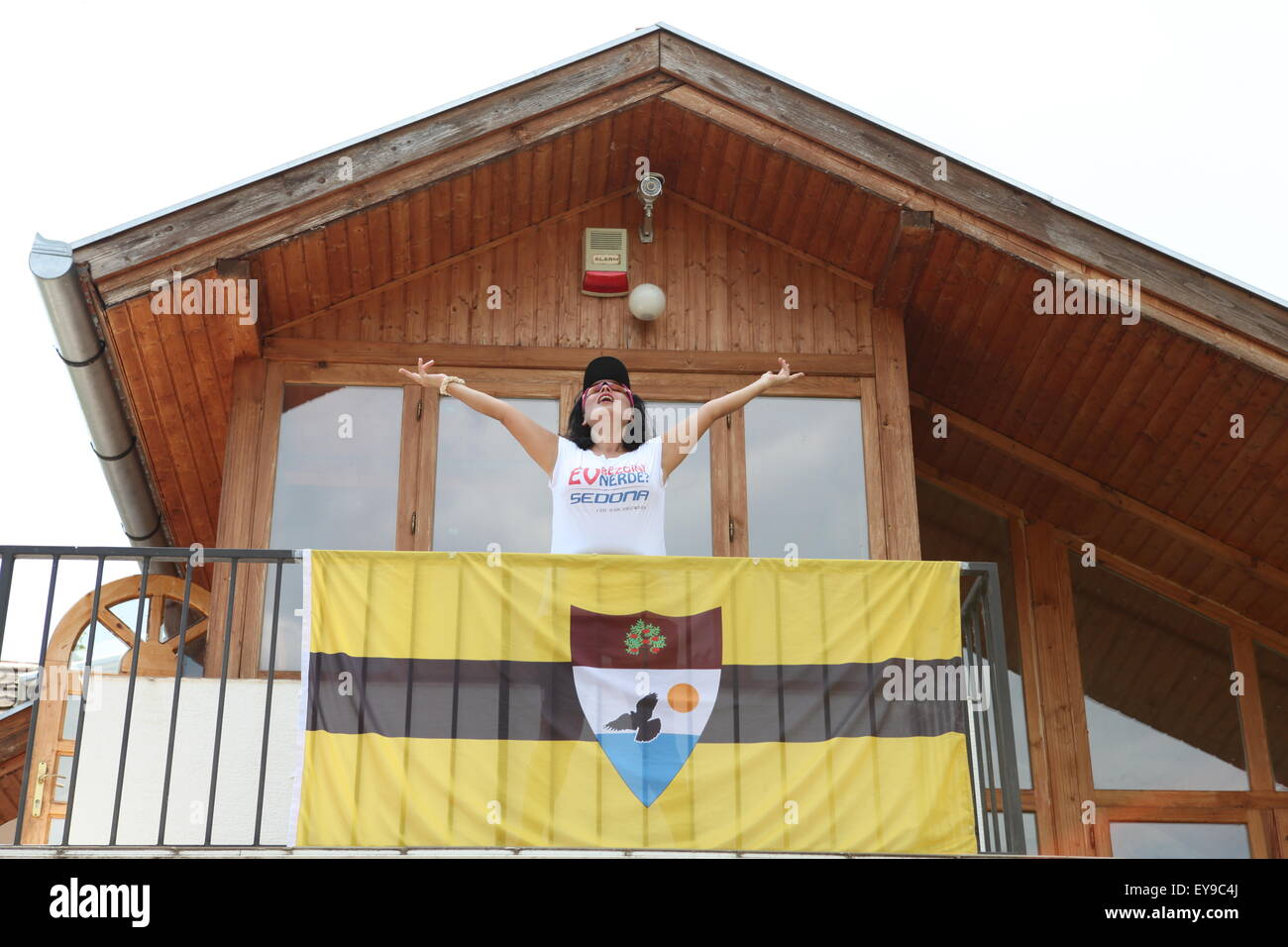 Banu, Turkish blogger very happy to have made it to Liberland Settlement Association HQ! - Stock Image