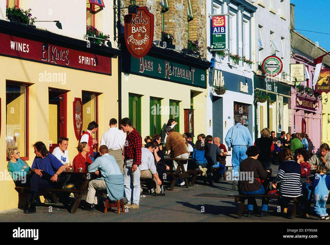 Clifden Ireland Connemara Pub High Resolution Stock Photography And Images Alamy