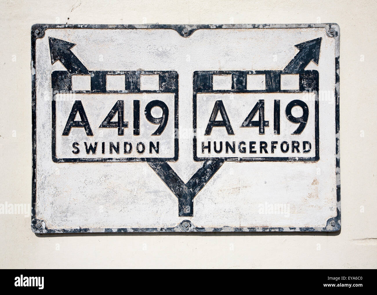 Old sign for A419 trunk road, Ramsbury village, Wiltshire, England, UK - Stock Image