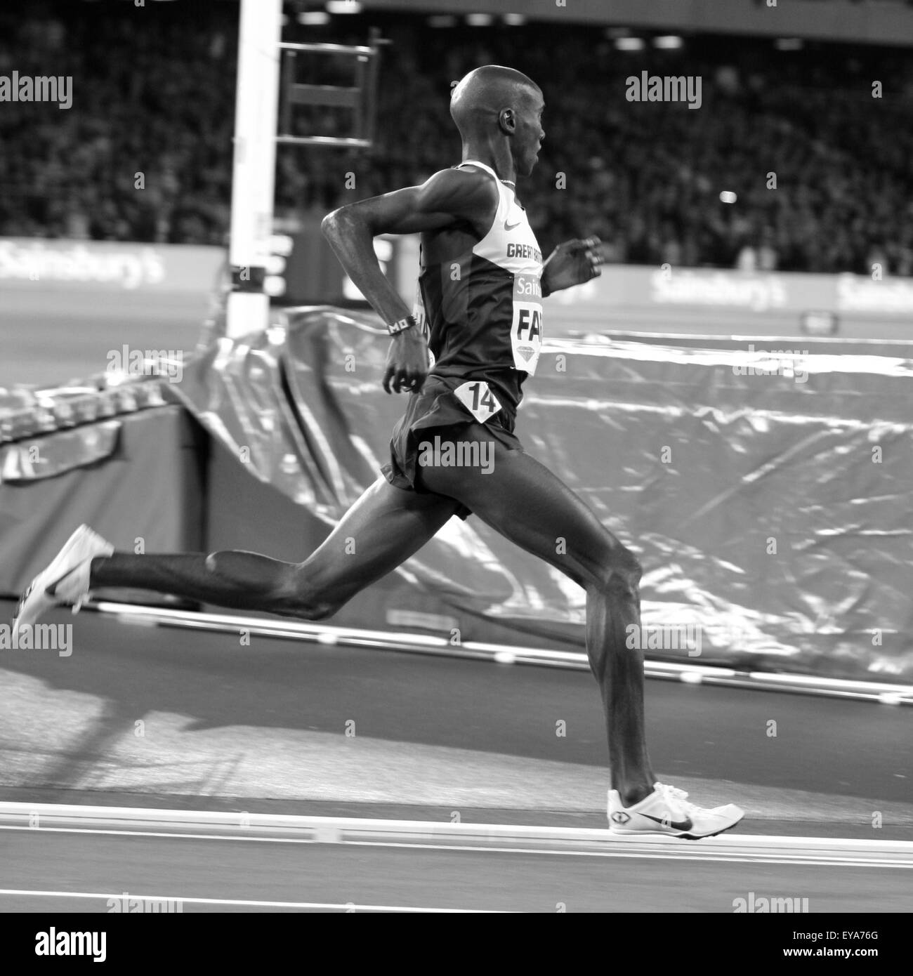 London, UK. 24th July, 2015. Mo Farah on his way to win the mens 3000m during the Sainsbury's Anniversary Games - Stock Image