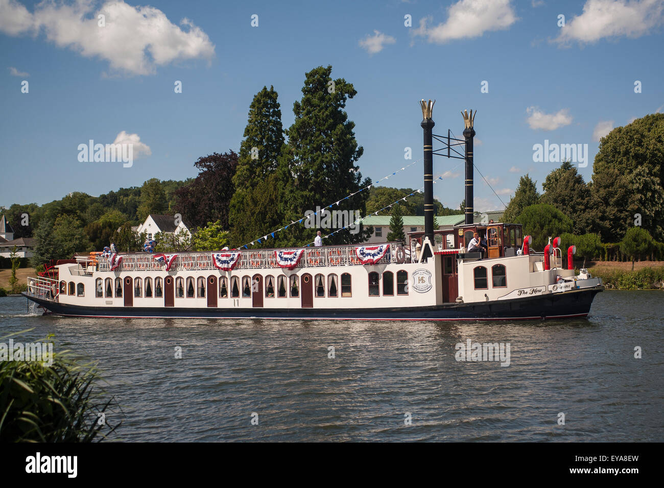 England, River Thames, New Orleans paddle steamer - Stock Image