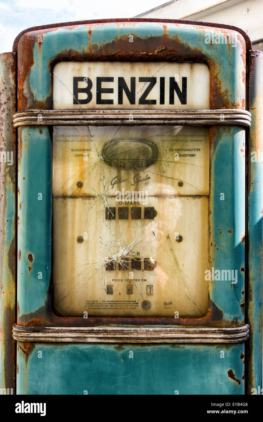 Urbex, Dilapidated, Disused, Old Petrol Station Garage With Rusty Benzin  Pump, Kreuzberg
