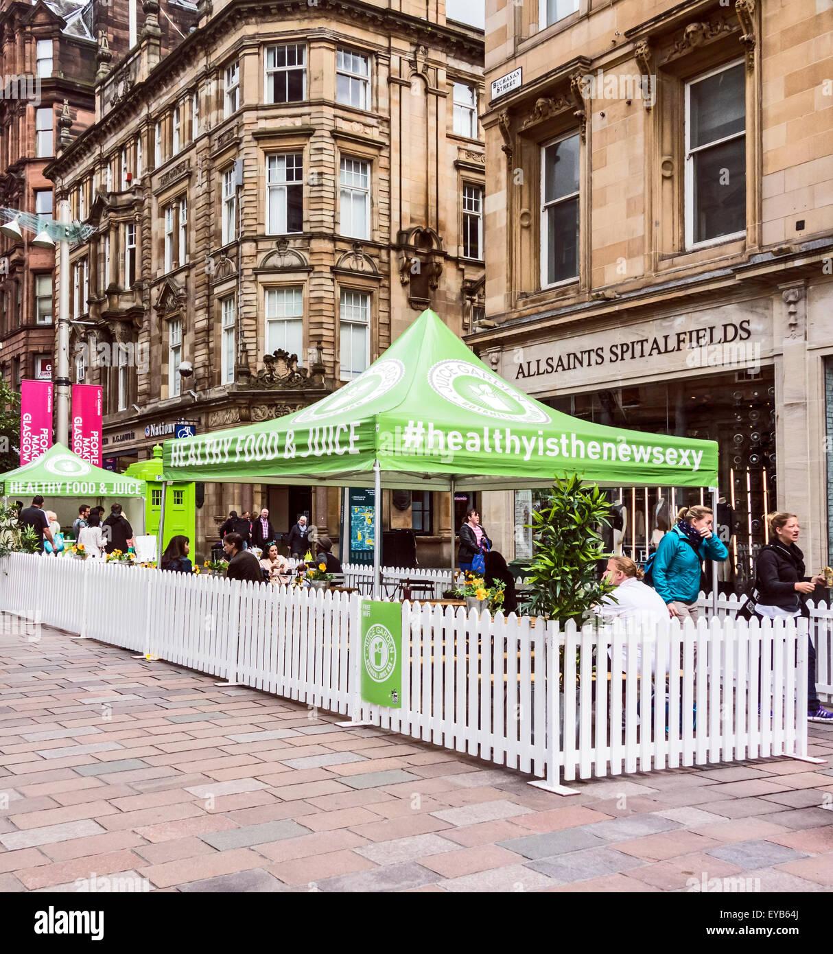 Healthy Food & Juice street cafe in Buchanan Street Glasgow Scotland - Stock Image