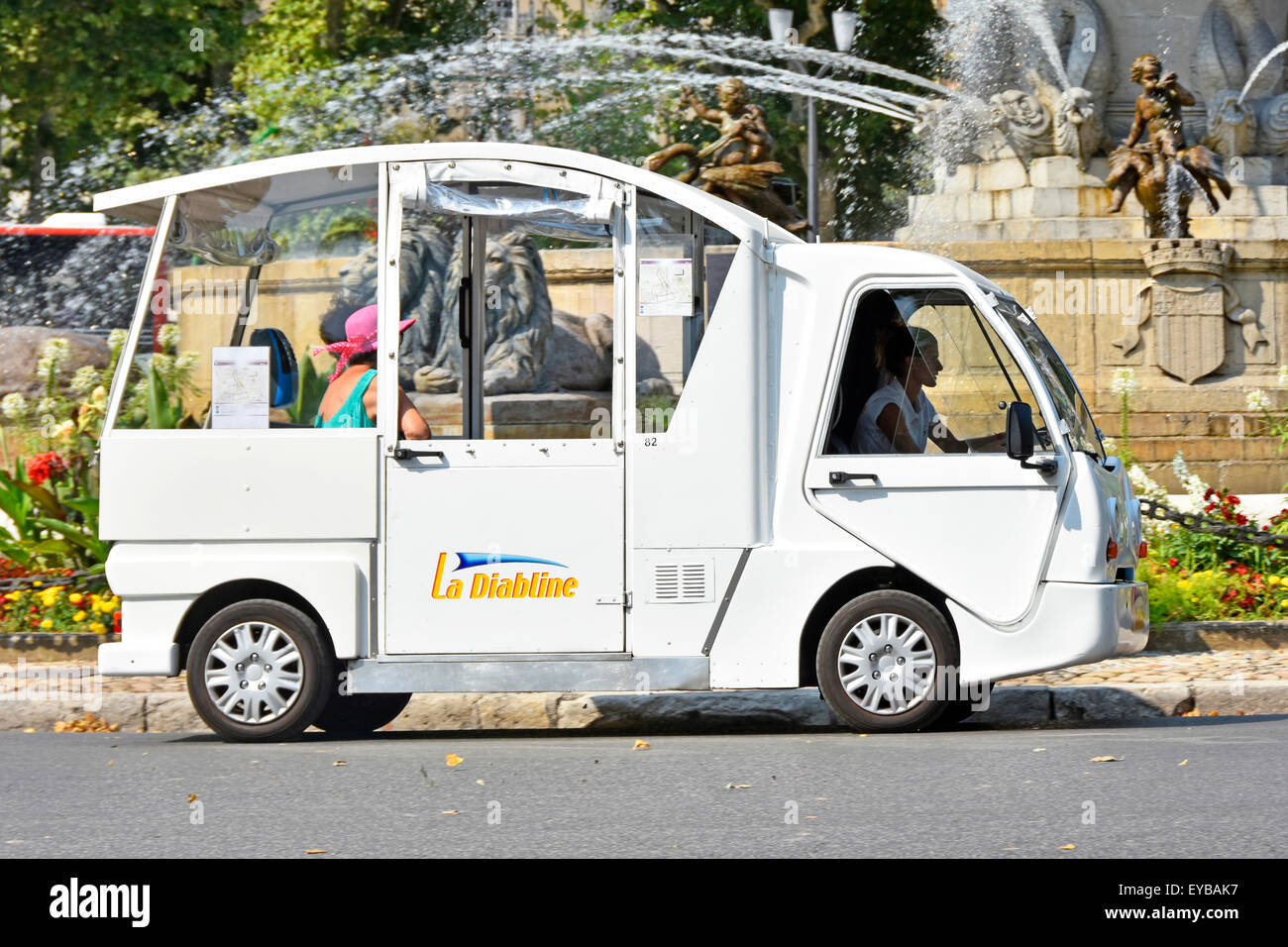 aix en provence france electric car taxi or small bus la diabline stock photo 85687035 alamy. Black Bedroom Furniture Sets. Home Design Ideas