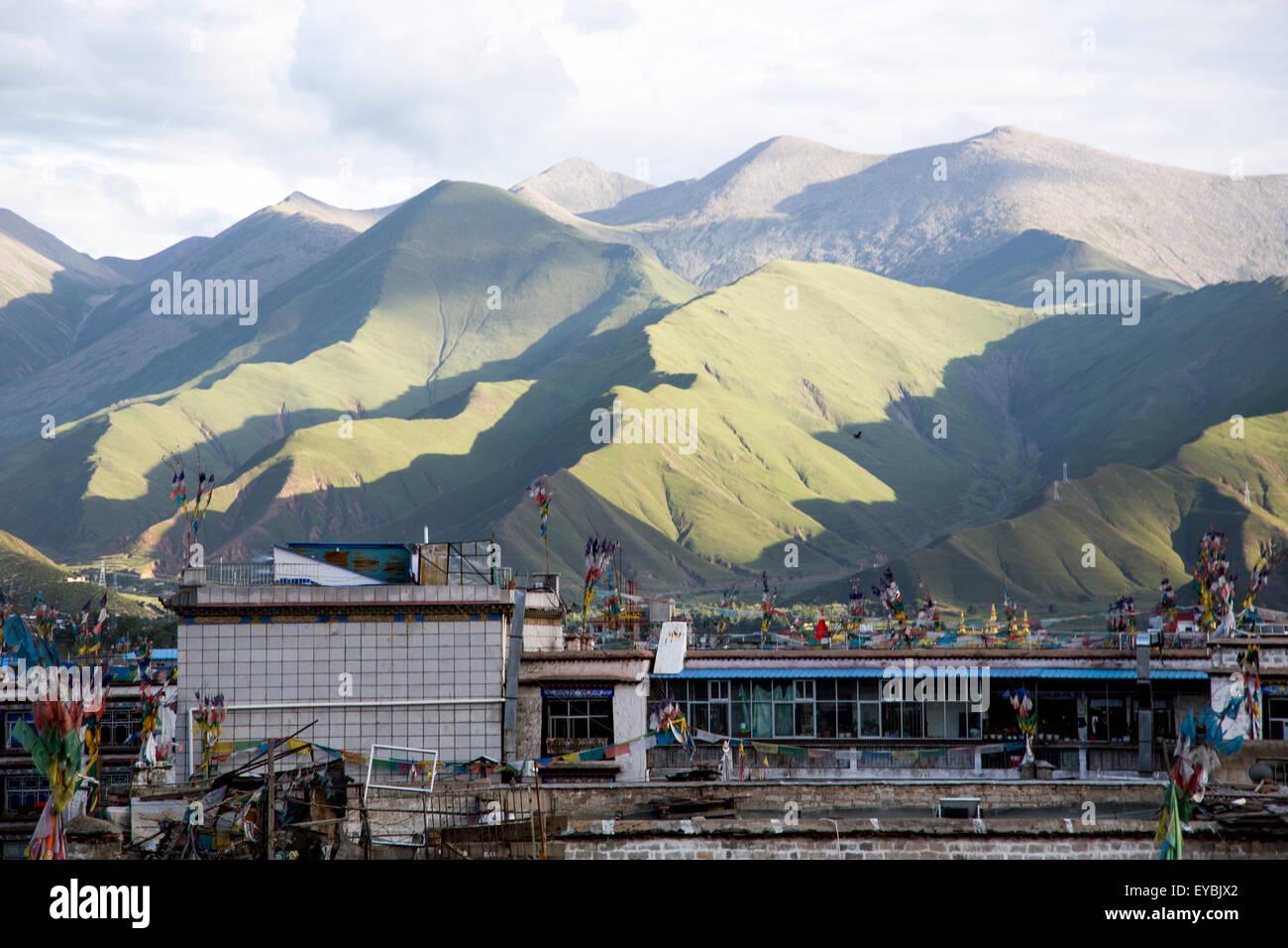 Mountains in Lhasa, Chinese Tibet - Stock Image