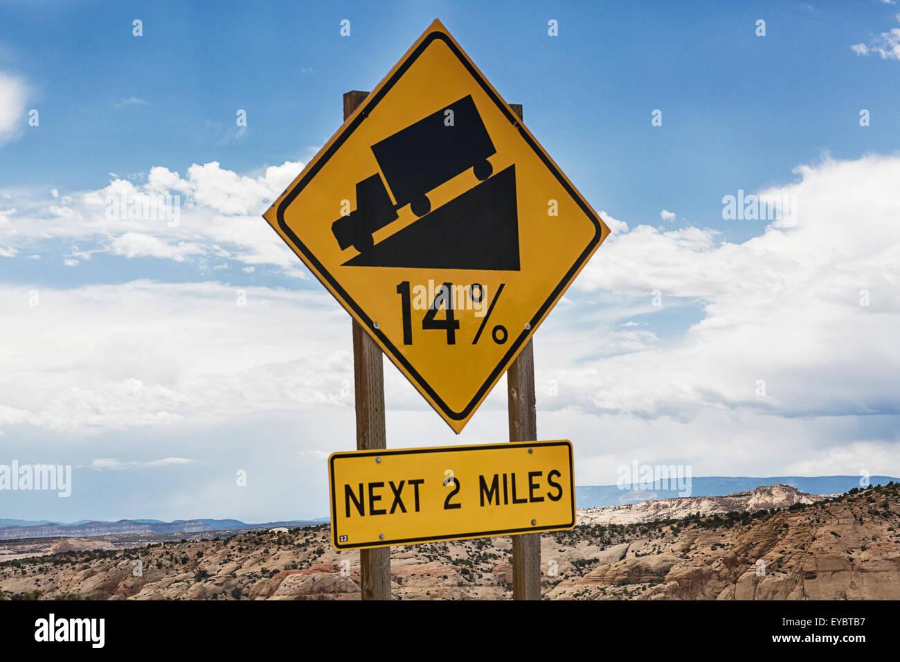 14% Grade Street Sign, Utah - Stock Image
