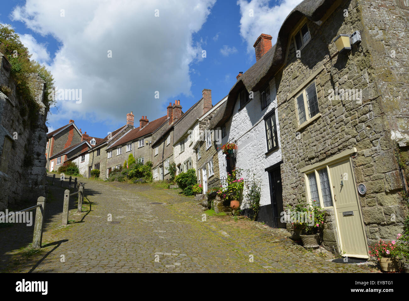 Gold Hill Shaftesbury in Dorset - Stock Image