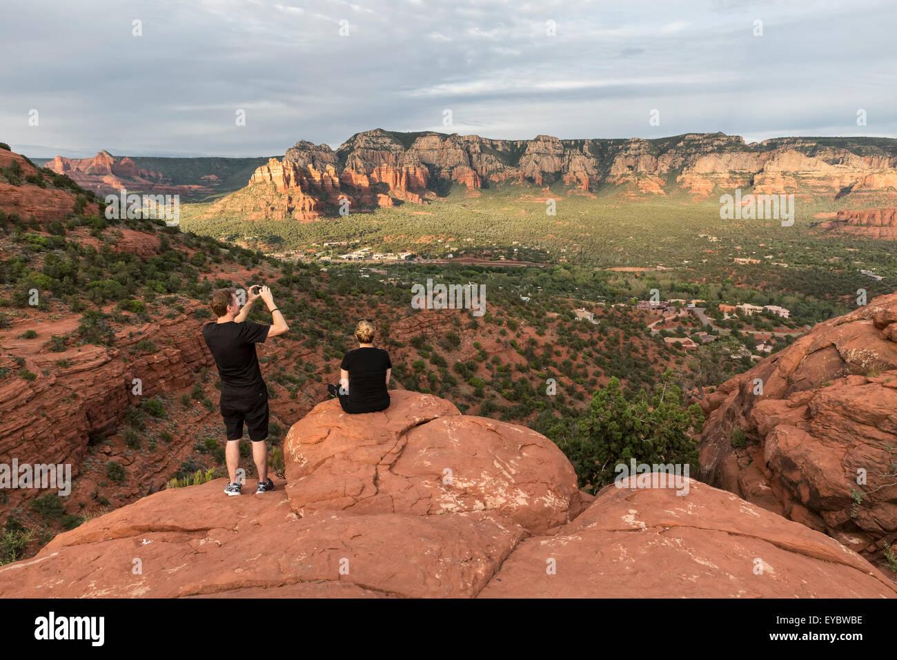 Tourists in Sedona Arizona taking in the view - Stock Image