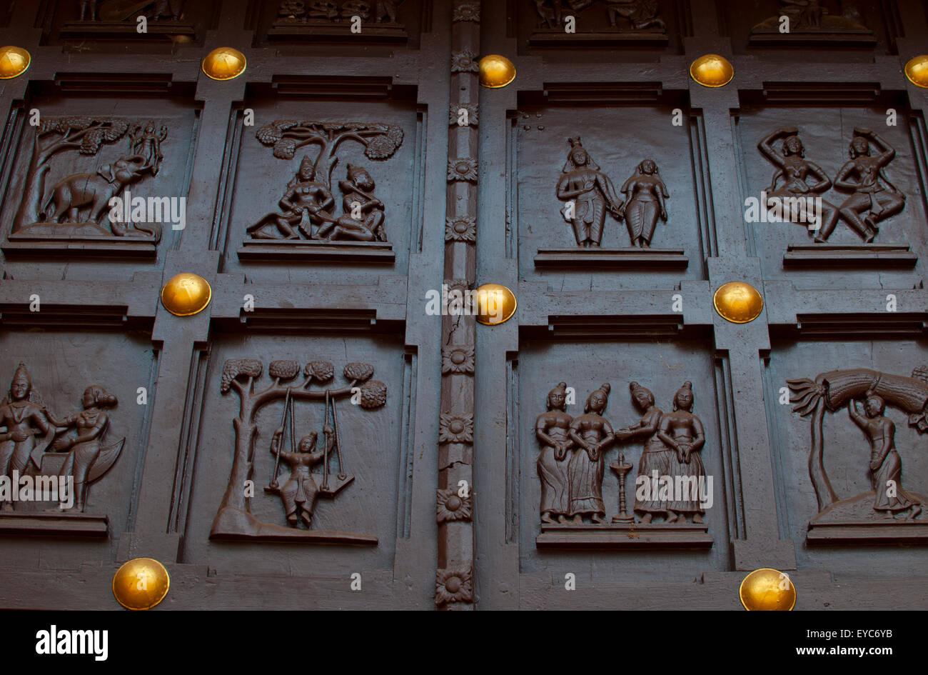 Wooden temple door stock photos & wooden temple door stock images