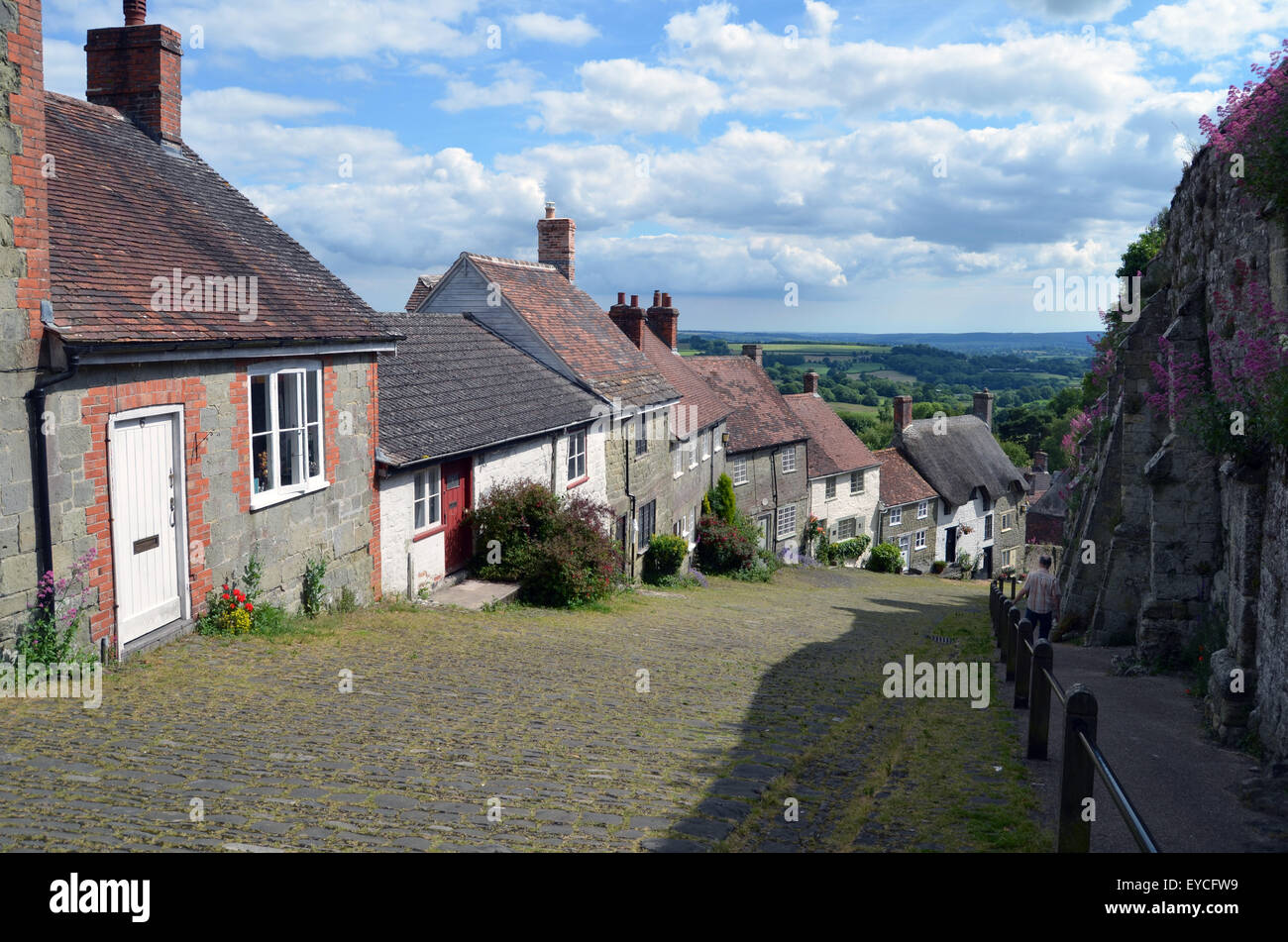 Gold Hill, Shaftesbury, Dorset, where the iconic 1973 Hovis advert was filmed. UK 2015 - Stock Image