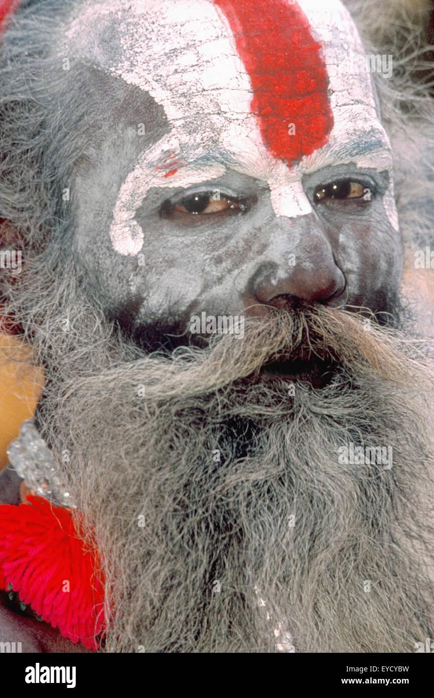 Portrait of a Holy man, Pashupatinath, Katmandu, Nepal, Asia - Stock Image