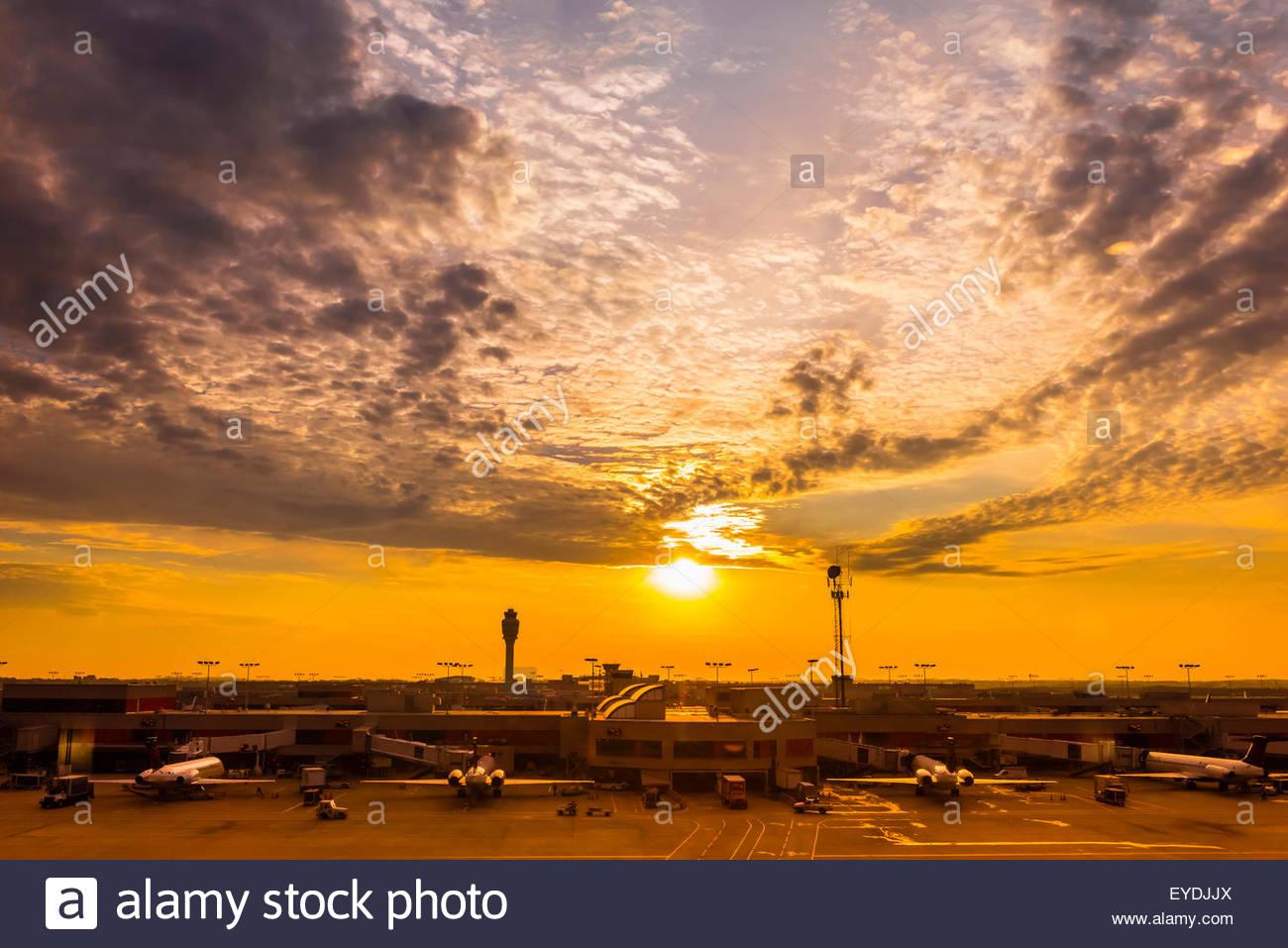 Sunrise, Hartsfield-Jackson Atlanta International Airport, Atlanta, Georgia USA. - Stock Image